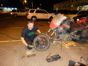Replacing the front wheel bearing on HJH Uly.